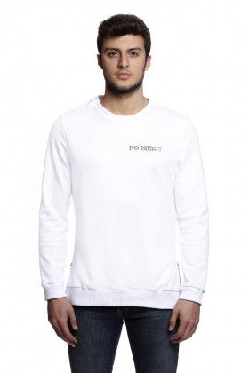 Tou Clothing - No Mercy Beyaz Sweatshirt