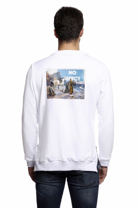 Tou Clothing No Mercy Beyaz Sweatshirt