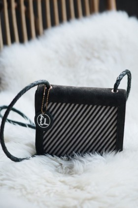 Laden's Collection - Süet Örgülü Crossbody